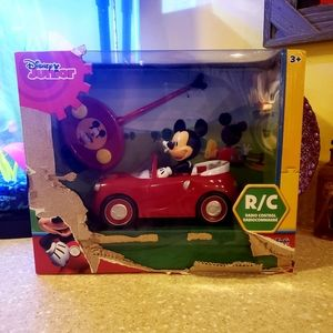 Mickey mouse R/C car